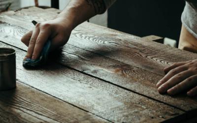 Hoe onderhoud je houten meubels? 3 Handige tips!